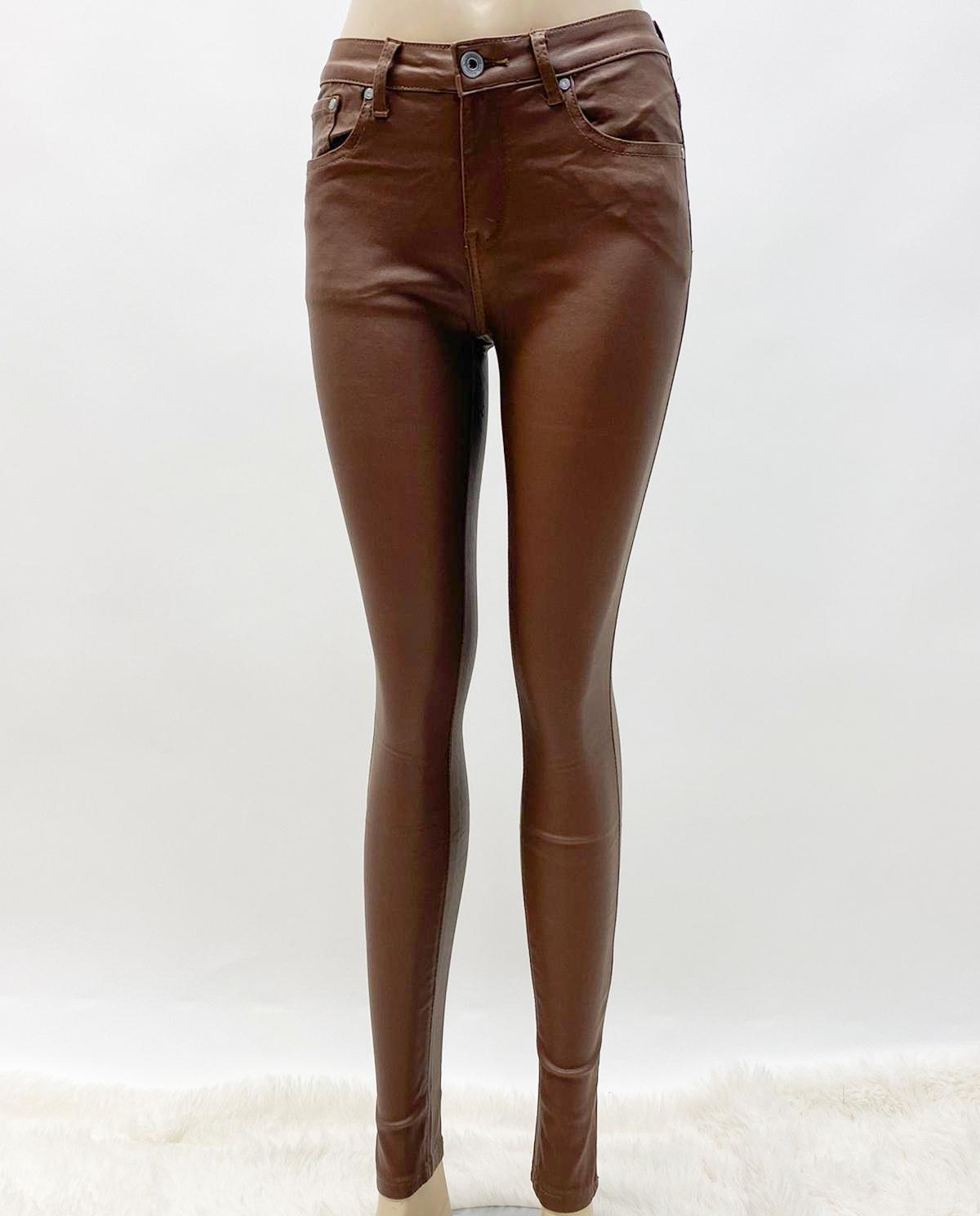 Jeans braun in Lackoptik matt
