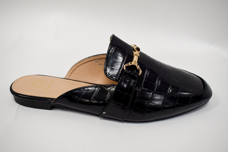 Sandale geschlossen schwarz